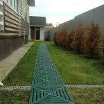 Пластиковая плитка-дорожка для дачи, сада и огорода - удобная сборка