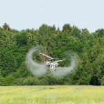Вертоліт для внесення інсектицидів - авіахімобробка