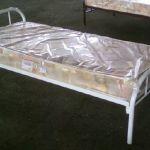 Кровати для гостиниц и дома : металлические , дерево -массив - 1 и 2 спальные.
